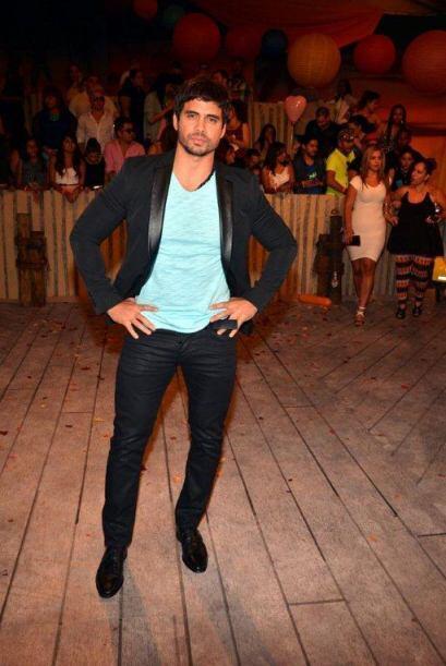 Pedro Moreno además de demostrar ser un gran bailarín, dem...