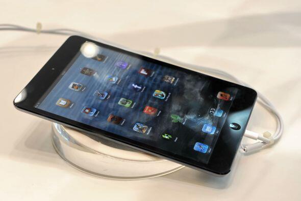 iPad mini. En octubre Apple presentó su esperada iPad mini, una versión...