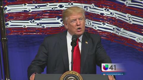 Donald Trump firma orden ejecutiva para revisar visas para trabajadores...