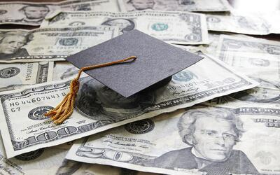 ¿Cómo conseguir una beca para la Universidad?