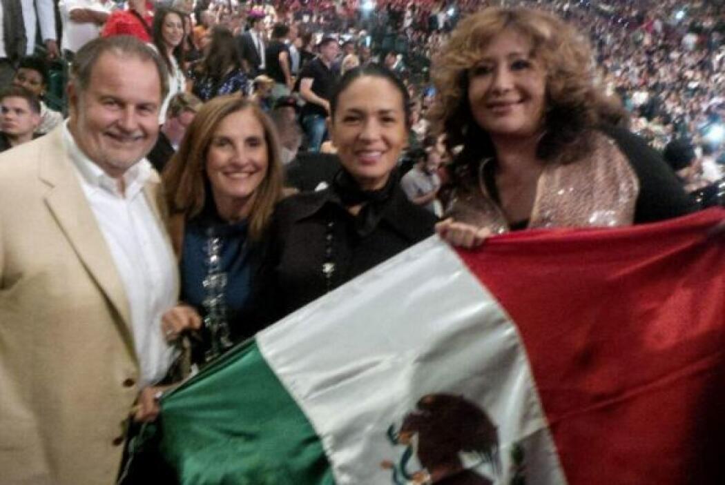 Raúl de Molina estuvo en primera fila para apoyar a su amigo Saúl el 'Ca...