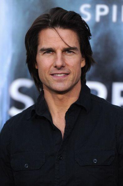 Tom Cruise es un hombre indiscutiblemente guapo que además de varios pre...