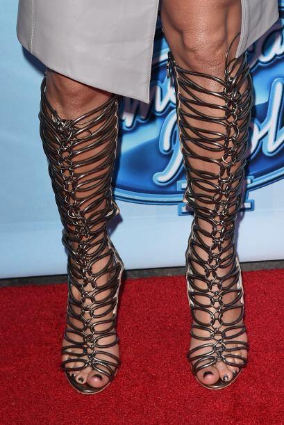 Estas llamativas sandalias son creación de Sophia Webster.