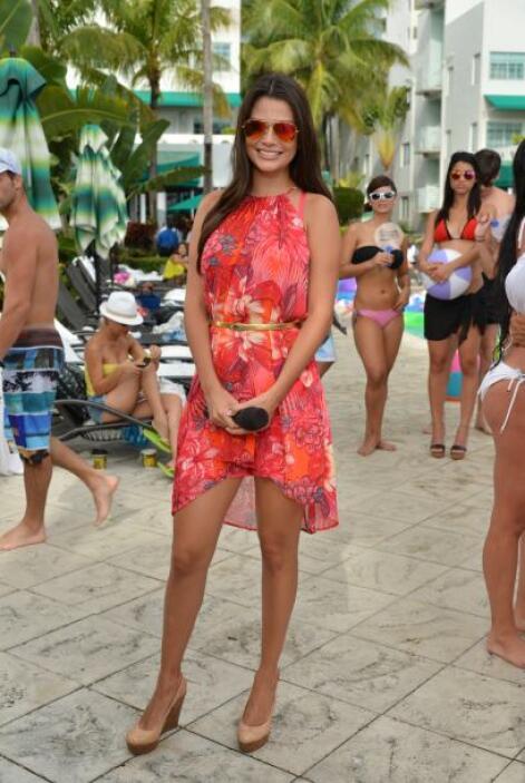 Septiembre 12, 2014: Un vestido de flores y muy fresco, ideal para ir a...