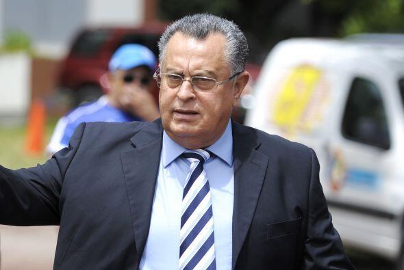Actualmente Castillo se encuentra demandado por la FESFUT ya que viaj&oa...