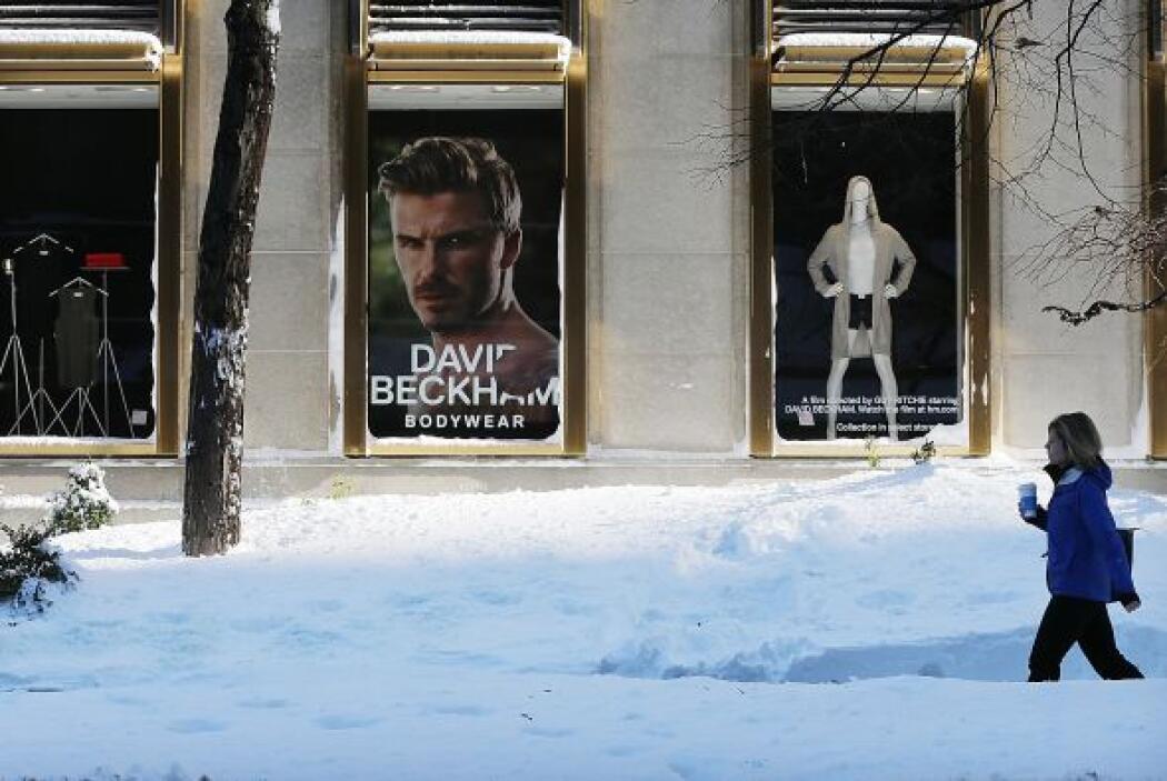 a tormenta ha dejado acumulaciones récords de nieve en algunos estados....