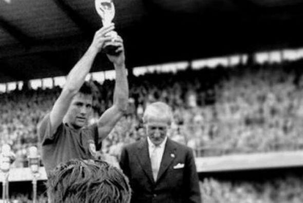 El 20 de marzo falleció el capitán de la selección de Brasil que fue cam...
