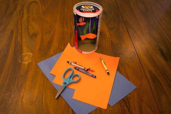 En este ejemplo el artista ha usado el empaque como un concepto de pecer...