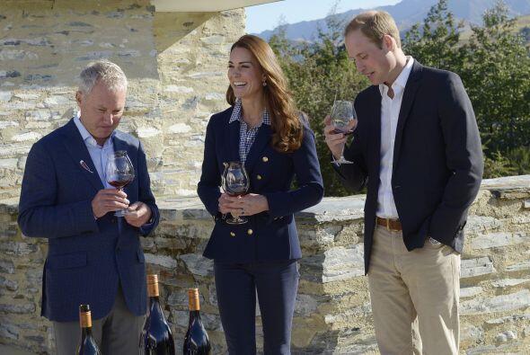 Ahí les dieron una interesante plática de cómo es que hacen el vino.
