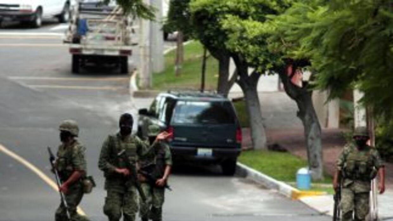 El presidente Felipe Calderón lanzó una ofensiva militar conta la delinc...