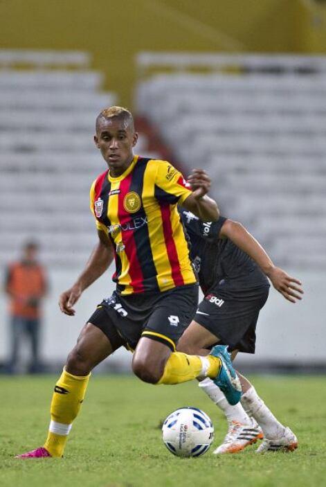 El ecuatoriano Fidel Martínez aceptó el reto que representa jugar en Leo...