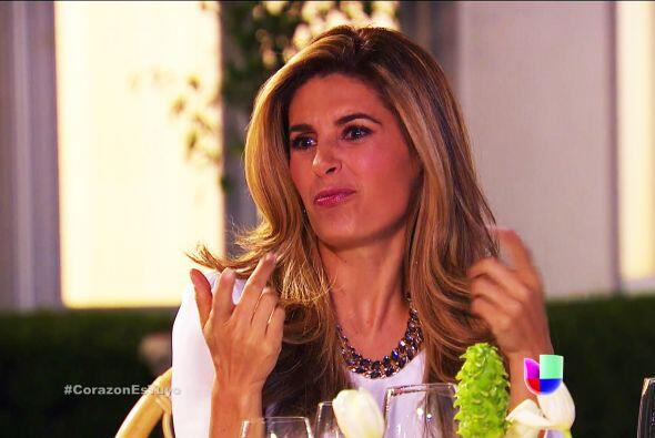 Pero cuidado, Isabela no está nada contenta con tu presencia en la cena....