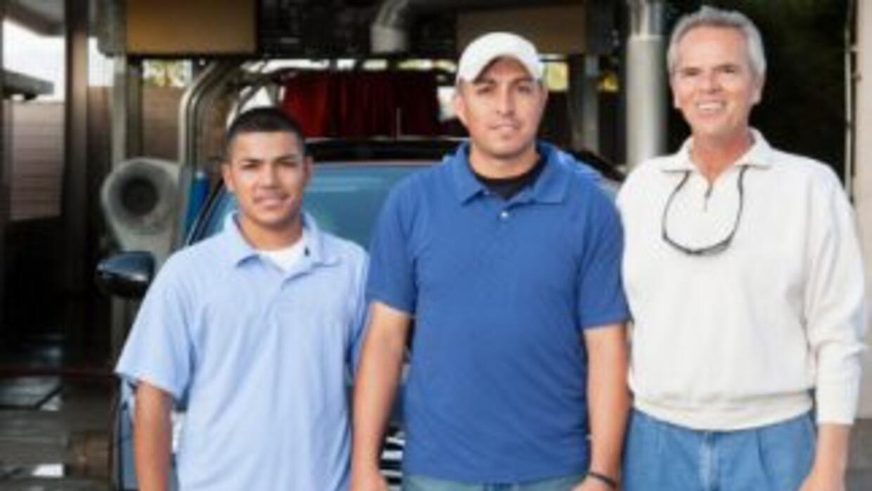 Los empresarios latinos en Estados Unidos contribuyen con cerca de 500,0...