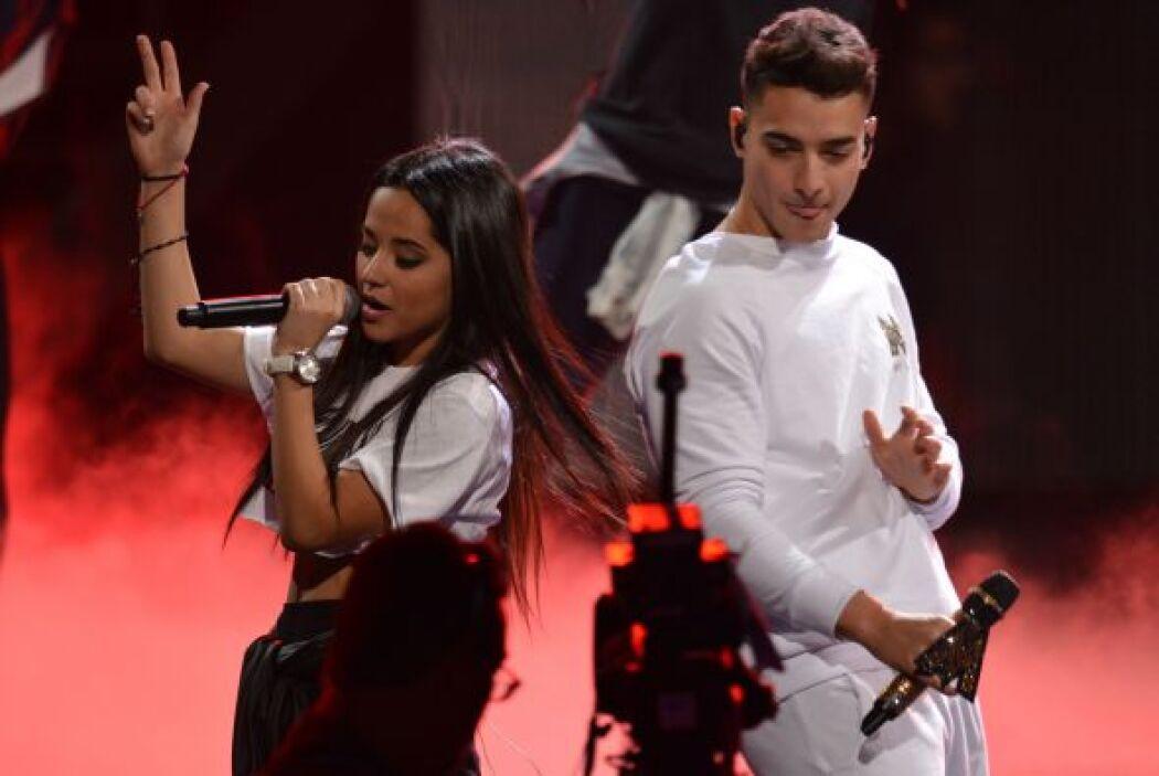 ¡Uff! El escenario de Latin GRAMMY sacará chispas con Becky G y Maluma.