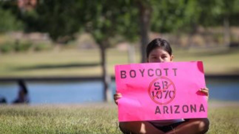 Activistas protestan ley SB1070