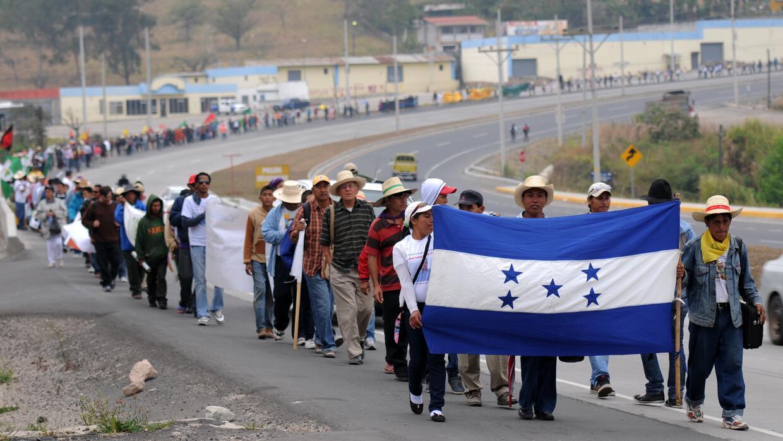 Una de las marchas hacia Tegucigalpa en contra de la concesión de minas.