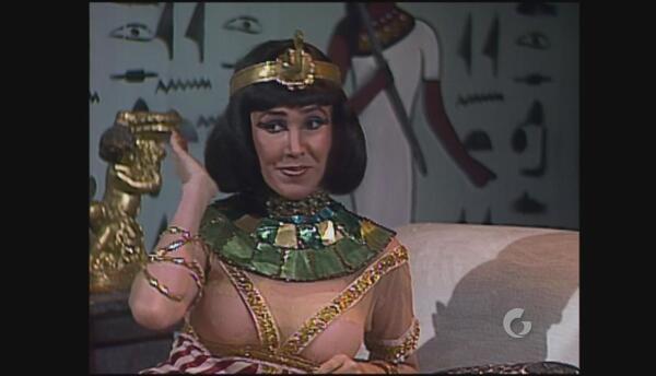 La divertida parodia de Cleopatra y Julio César