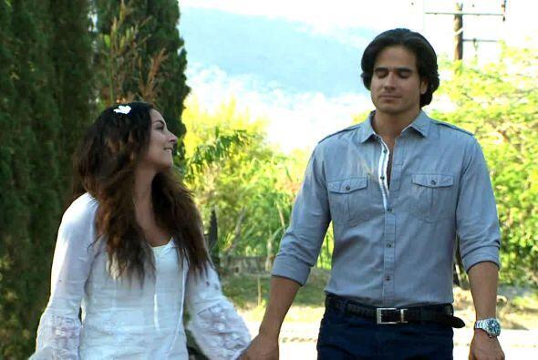 Sin embargo, eso no parecía importale a Octavio, quien la quería con tod...
