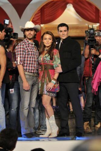 """La última telenovela que protagonizó Angelique Boyer fue """"Abismo de Pasi..."""
