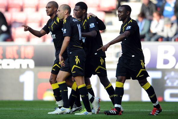 Bolton venció de visitante al Wigan con un partido perfecto.