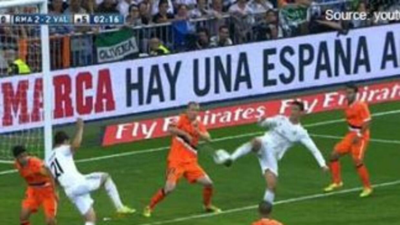 El portugués Cristiano Ronaldo una vez mas demuestra por que es el mejor...