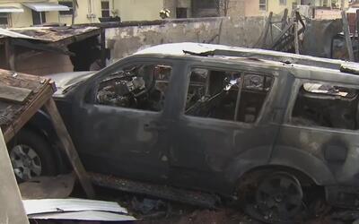 Dueño de negocio de autos en Hialeah destruido por incendio dice que lo...