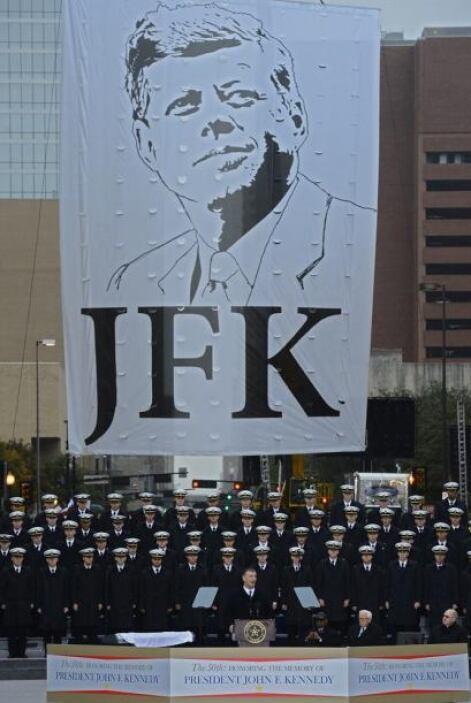 Vista de un nuevo monumento en memoria del presidente John F. Kennedy, e...