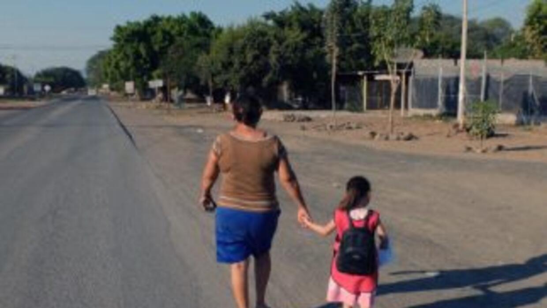 """Los mexicanos tienen que hacer """"milagros"""" para hacer rendir su salario."""