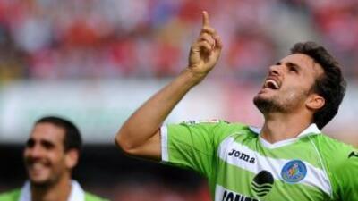 Pedro León parece estar retomando su mejor nivel y marcó un gol para el...