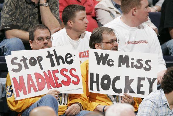 En 1994 la NHL hizo un 'lockout' que duró 104 días en los cuales los jug...