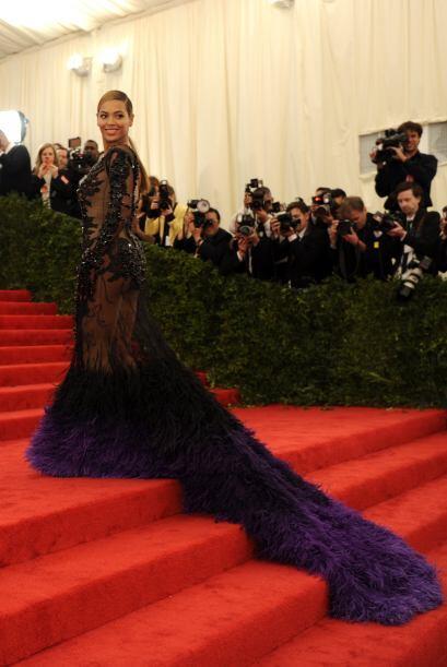 En la gala de 2012, destacaron muchísimas celebridades, comenzand...
