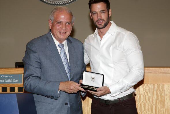 El actor comenzó su carrera con telenovelas en Miami.