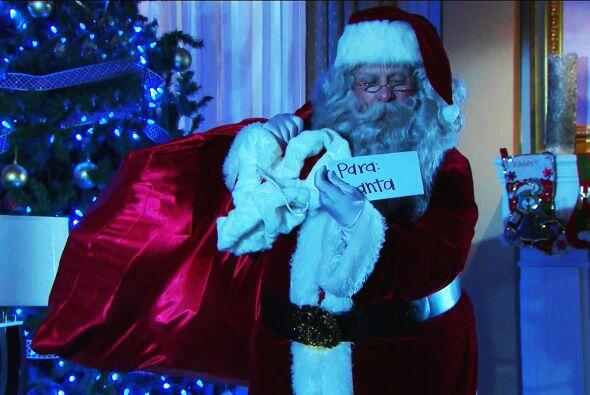 Pero de una vez les advertimos que a Santa no se le pueden sacar fotos....