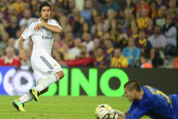 Valdés salvó una en un mano a mano.