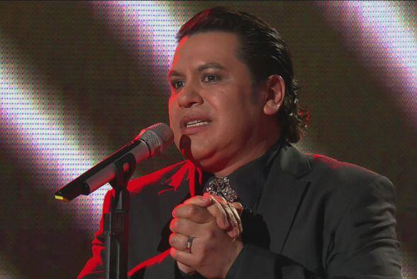 """Para hacer dueto con Juan Gabriel. Juntos cantaron """"Te sigo Amando&..."""