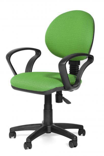 Silla confortable. Es vital que el asiento que acompañe el escrit...