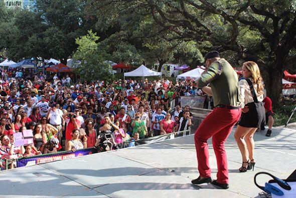Lo mejor del primer día del Festival Puertorriqueño y Cubanoen Houston T...
