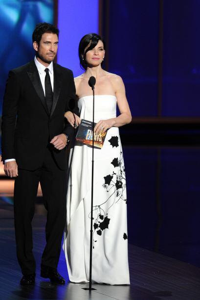 Dylan McDermott y Julianna Margulies presentaron el Emmy a mejor actor e...