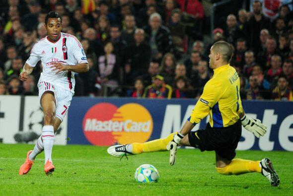 Las pocas oportunidades que tuvo el Milan fueron contenidas por Valdés.