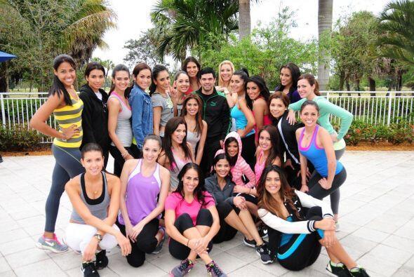 Las chicas descargaron su sabor latino en la primera clase del core&oacu...