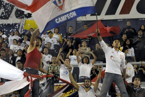 La Libertadores levantó alta temperatura en octavos y los estadio...