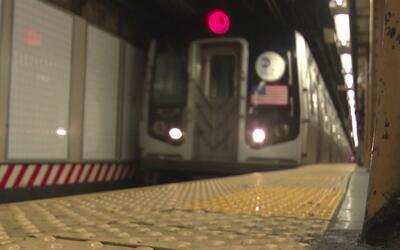 Suspenden la línea L del subway de Nueva York hasta el lunes por reparac...