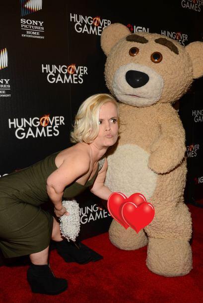 La alfombra de roja de la más reciente parodia 'Hungover Games' mostró p...