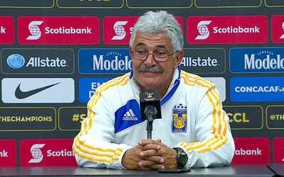"""'Tuca' Ferretti: """"No entiendo por qué con árbitros tan buenos en México..."""