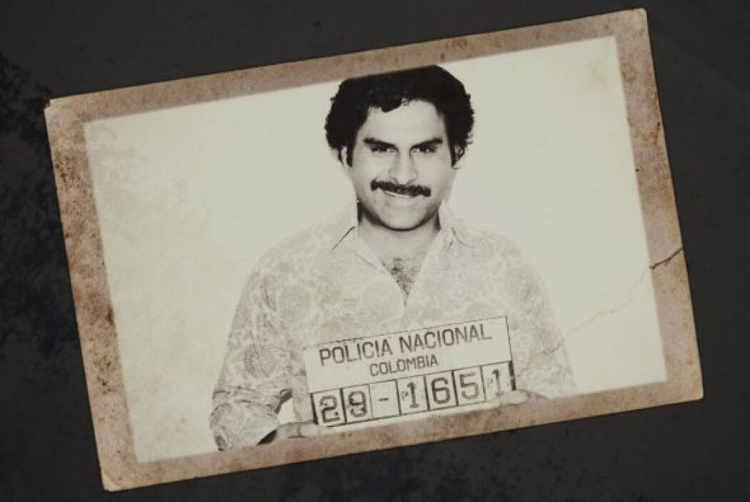 Mientras ella inundaba Los Angeles, Nueva York y Miami con droga, Pablo...
