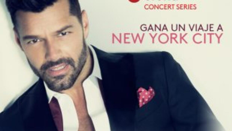 Ricky Martin flyaway