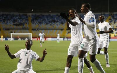 Nigeria goleó 6-0 a Australia