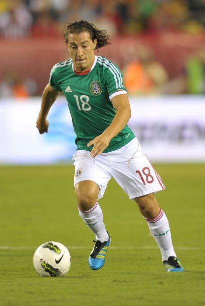 Andrés Guardado es el capitán y en media cancha sus tres C...
