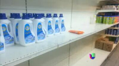 Escasean bienes y alimentos en Venezuela
