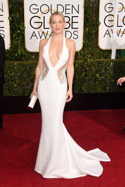 La actriz apareció enfundada en un revelador vestido blanco que d...